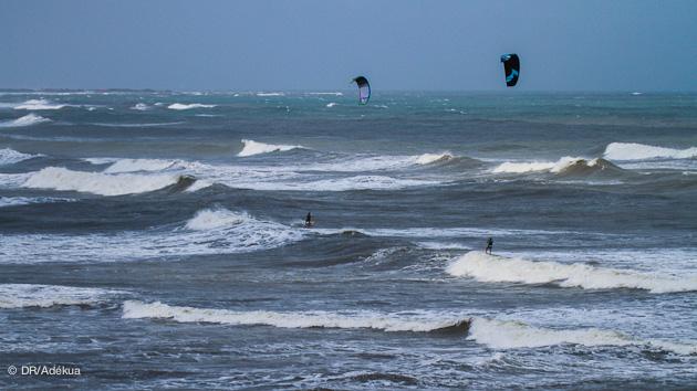 kitesurf en colombie dans les vagues