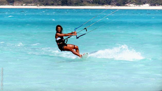 kite a sakalava sur la mer d'Emeraude à Madagascar