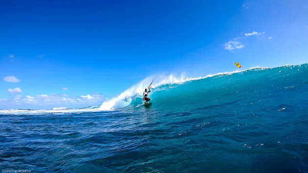 kite dans les vagues de Rodrigues