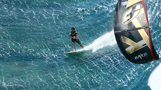 Maurice, un spot de kite sur le lagon pour un séjour sportif en amoureux...