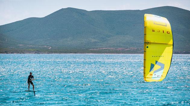 Des sessions kite inoubliables sur les meilleurs spots de Sardaigne