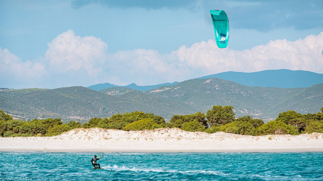 Une croisière de rêve en Sardaigne pour progresser en kitesurf