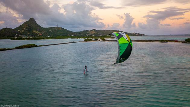 Venez naviguez sur les meilleurs spots de kitesurf des Caraïbes