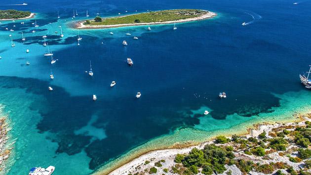 Découvrez les îles Dalmates pendant votre corisière kitesurf