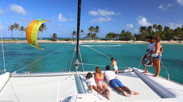 Votre catamaran tout confort pour savourer votre séjour kite aux Caraïbes