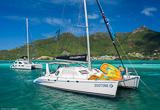 Votre catamaran de 14 mètres, tout confort - voyages adékua