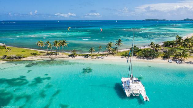 Un séjour kitesurf de rêve sur un catamaran aux Grenadines