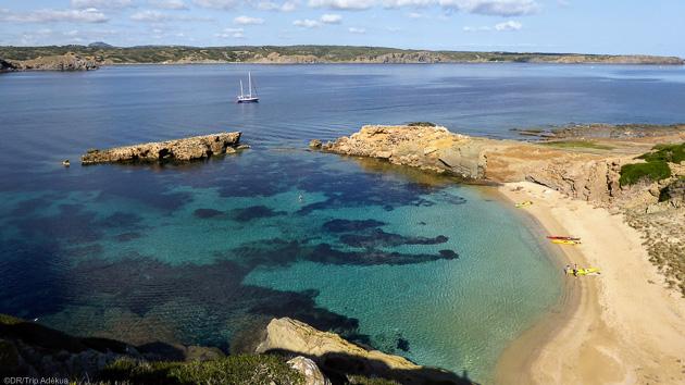 Découvrez les plus beaux spots de kitesurf de Minorque