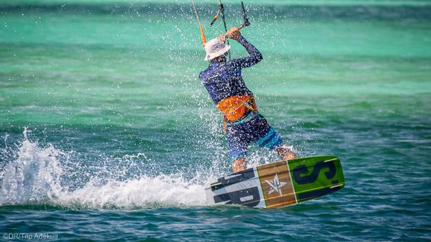 Progressez en kitesurf sur les plus beaux spots de Martinique