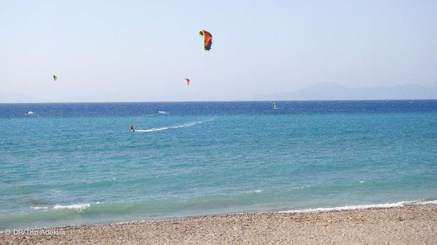 Progressez dans les meilleurs conditions pendant votre séjour kite à Rhodes