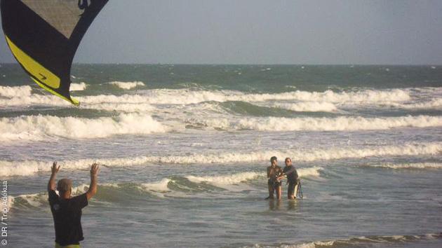 de bonnes conditions pour apprendre le kite en mer de chine