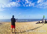 Pratiquez en kitesurfeur autonome sur les magnifiques spots de Djerba - voyages adékua