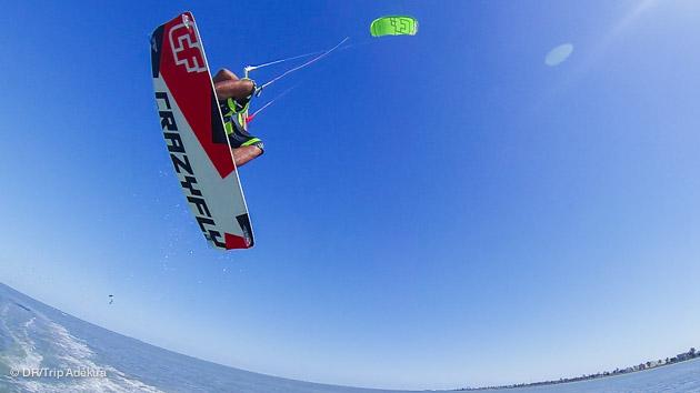 progresser en kite à Djerba