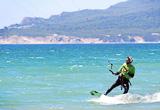 Votre stage de kitesurf sur les très bons spots de Tarifa - voyages adékua
