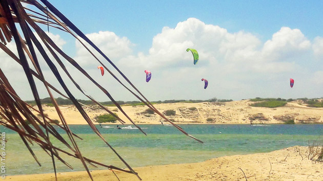 Dans le Nordeste du Brésil, vous profitez de conditions idéales pour votre séjour coaching kitesurf