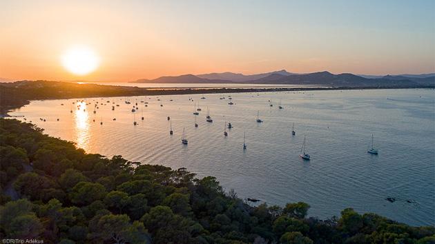 Naviguez en kitesurf sur les meilleurs spots de la Presqu'île de Giens
