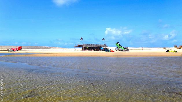 le club sur la lagune de Lagoinha
