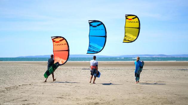 Votre séjour kitesurf à Essaouira pour progresser dans les vagues du Maroc