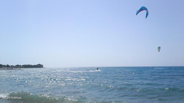 Progressez en kite pendant votre séjour à Rhodes en Grèce