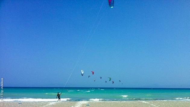 Naviguez en kitesurf sur les meilleurs spots de Rhodes