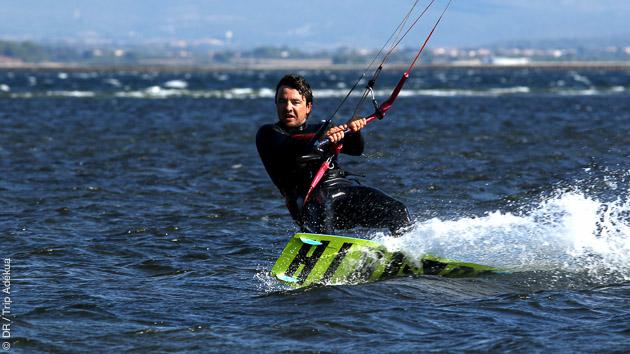 Les plus beaux spots de kitesurf de l'Hérault pour votre séjour kite