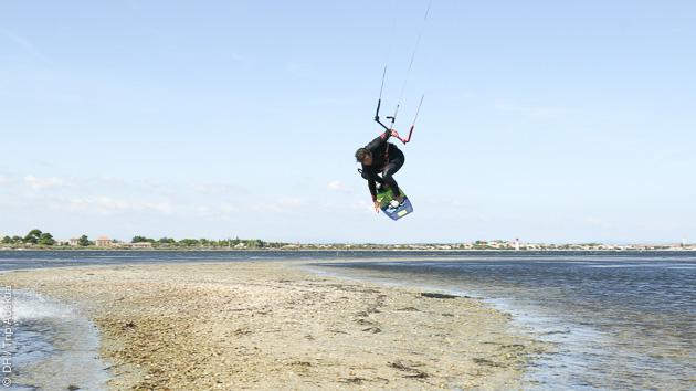 Un séjour kitesurf idéal pour progresser dans l'Hérault