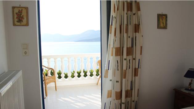 A Evia, vous êtes logés sur la baie de Marmari, à quelques minutes du spot et du club de kite