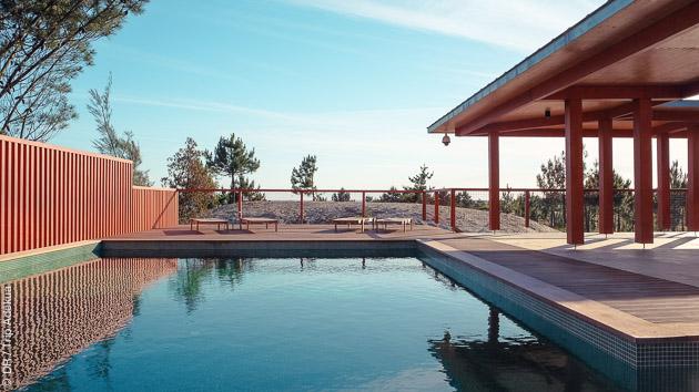 Au programme : détente près de la piscine dans la pinède et activités kite ou surf à Viana do Castello