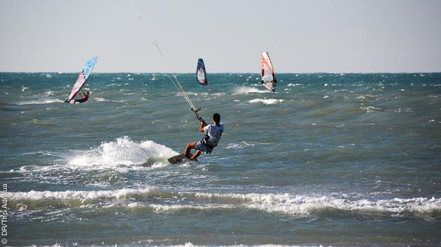Des conditions idéales pour débuter ou perfectionner vos techniques de kite, avec ce séjour entre Lagoinha et Icaraizinho au Brésil