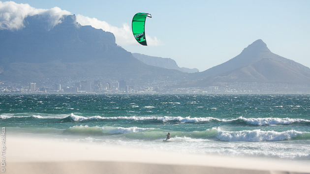 http://kitesurf.voyages-adekua.fr/Cape-Town/expert-local/Patrice-en-direct