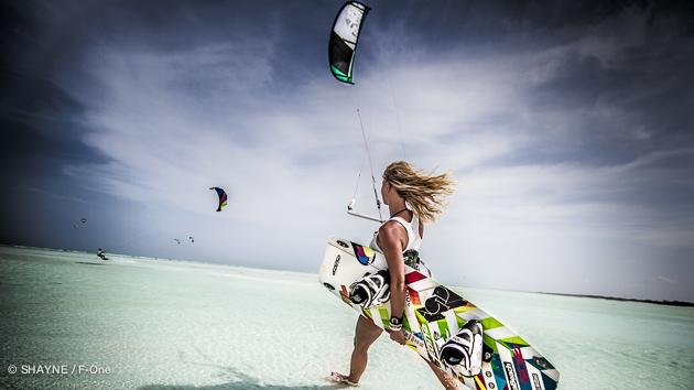 Le kitesurf à Zanzibar c'est le pied dans le lagon