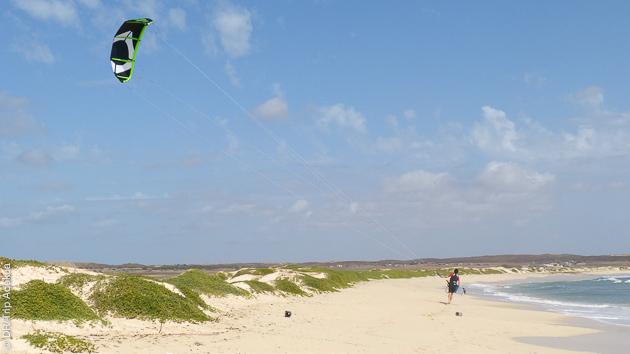 un spot parfait pour apprendre le kite à Sal au Cap Vert