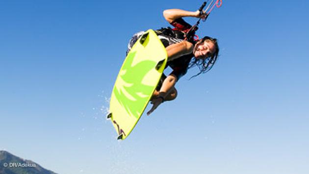 stage de kitesurf débutant à Tarifa sur des spots adaptés à l'initiation