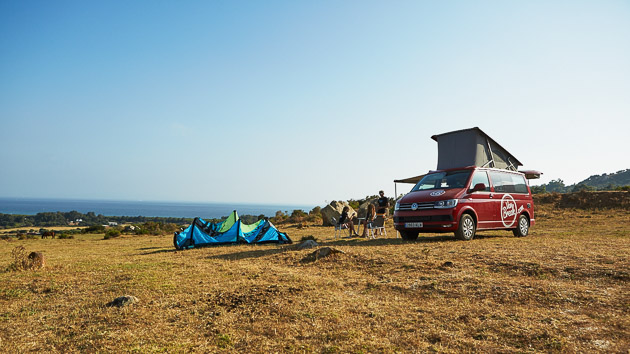 Vous sillonnez les meilleurs spots de kite autour de Tarifa avec votre combi