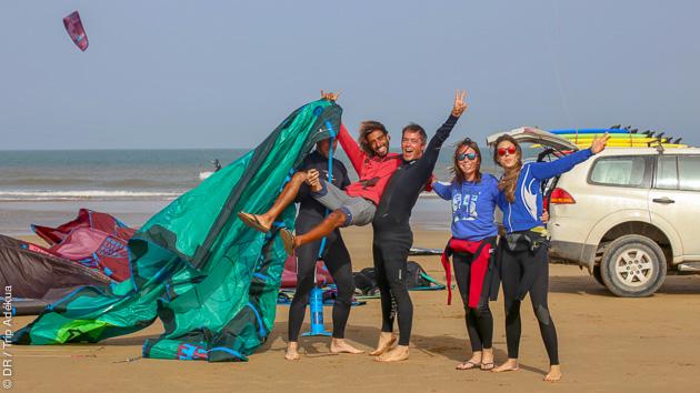 Cours de kite en semi-privés avec équipement à Essaouira au Maroc