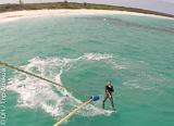 Apprenez le kite aux Bahamas en toute sécurité face à votre hôtel - voyages adékua