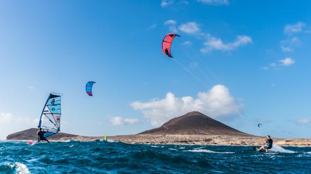 Unséjour kitesurf pour progresser sur les meilleurs spots de Tenerife
