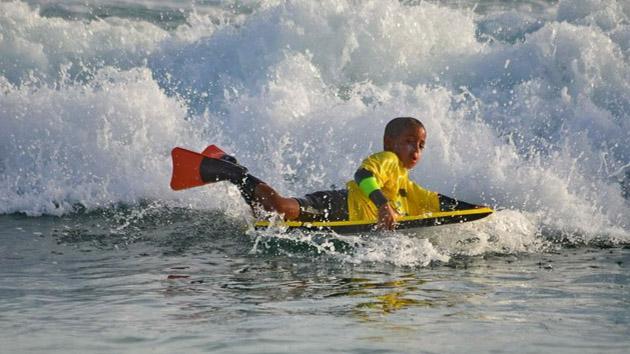 Des activités glisse pour toute la famille pendant votre séjour kitesurf à Sal