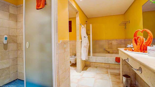 Votre hébergement tout confort en hôtel 4 étoiles aux Canaries