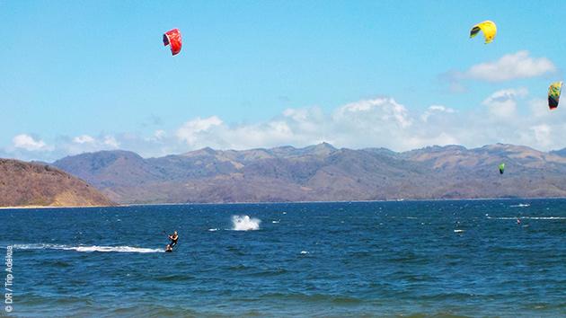 Playa Copal, un spot fabuleux pour apprendre le kite, avec un logement en villa et le matos