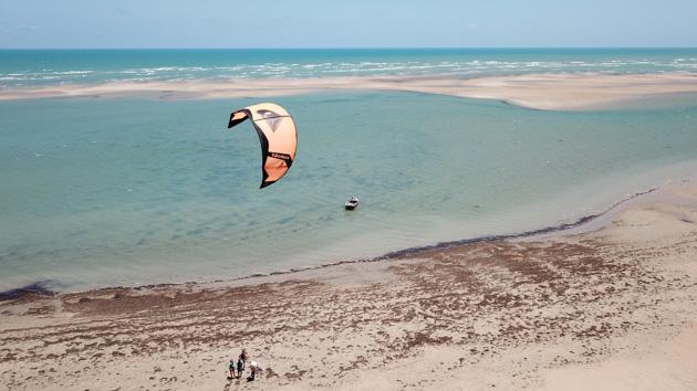 Découvrez les plus beaux spots de kitesurf de Ceara au Brésil