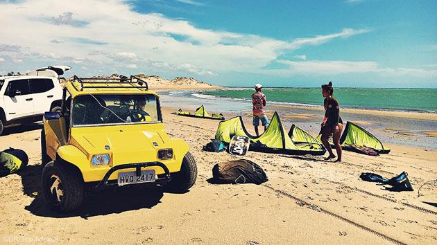 Accéder aux plus beaux spots de kitesurf avec votre buggy au Brésil