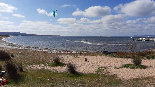 Un séjour kitesurf de rêve sur les meilleurs spots de Sardaigne