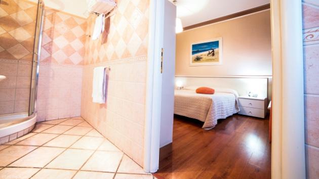 Profitez du confort de votre hôtel pendant votre séjour kite en Sardaigne
