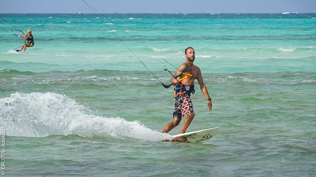 Stage d'initiation pour l'un, kite en autonome pour l'autre : un séjour en duo parfait à Cuba, sur le spot de Cayo Coco