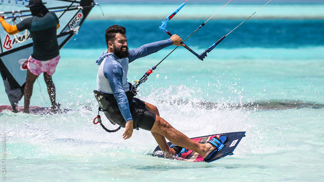 Lagon eau chaude et vent pour un séjour kite de rêve