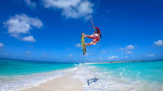 Les plus beaux spots de kitesurf à Los Roques aux Caraïbes