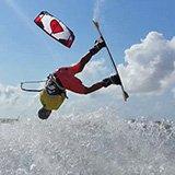Commentaire de Morand sur son séjour kitesurf au Sri Lanka avec Léo et Trip Adékua