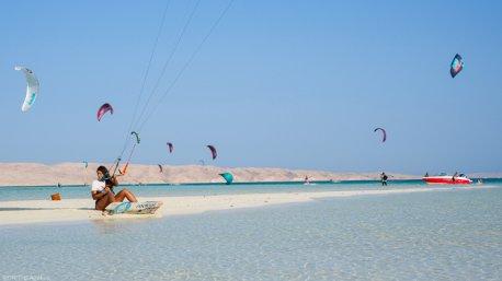 Progressez en kitesurf dans les meilleures conditions à El Gouna en Egypte