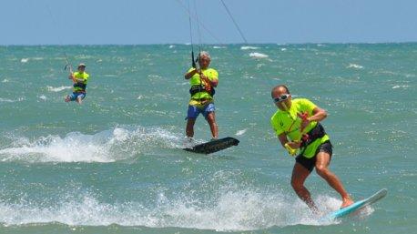 Venez naviguer sur les plus beaux spots de kitesurf du Brésil